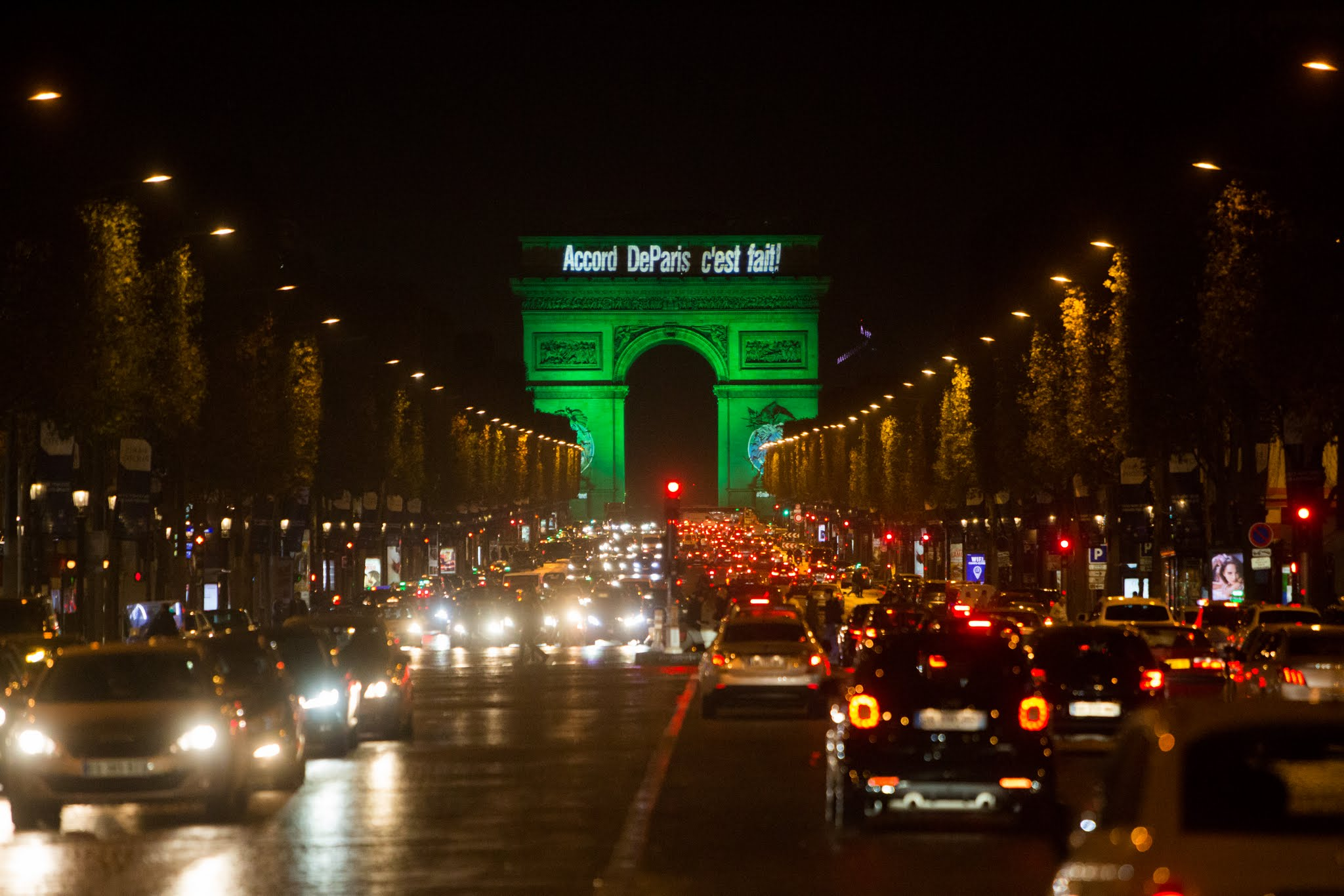 Arc de Triomphe lit up as the Paris Agreement enters into force